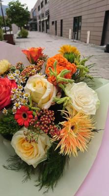 Livrer bouquets de roses au bureau D'une fleur à l'autre à Chambéry