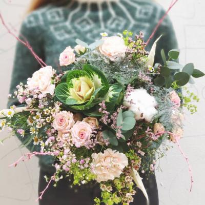 Bouquet de roses blanches pour demain Conter Fleurette à Bordeaux