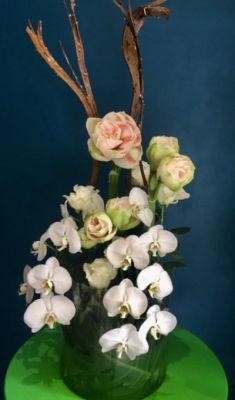 Faire livrer des bouquets de fleur demain Mademoiselle A. à La Mole